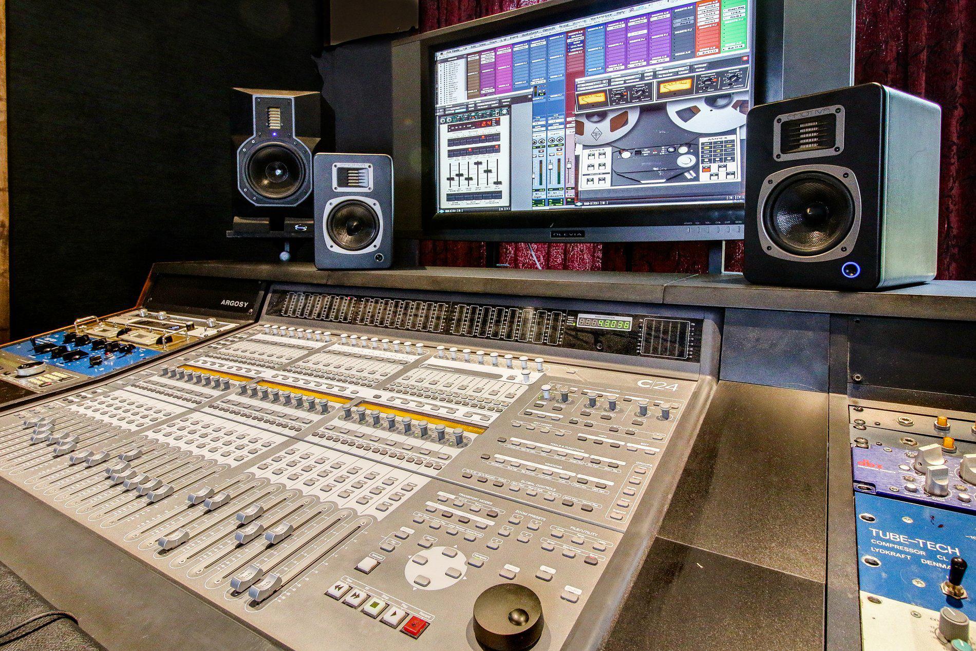 Barefoot Studio Control Board